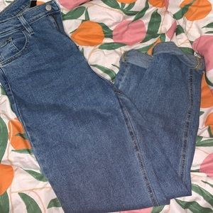 urban outfitters jeans!!